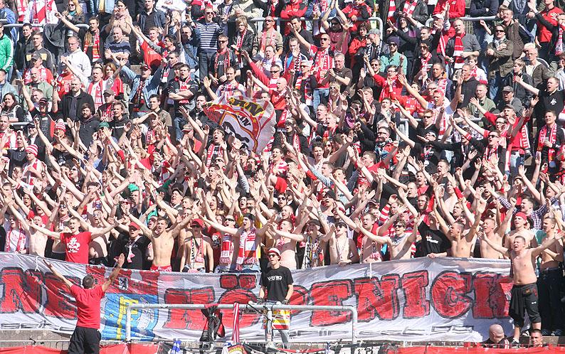 http://www.unveu.de/2011-2012/vskarlsruhe2/12_04_01vskarlsruhe37.jpg