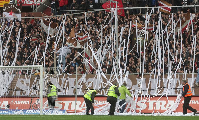 FC Sankt Pauli - Pagina 2 12_04_10vspauli9